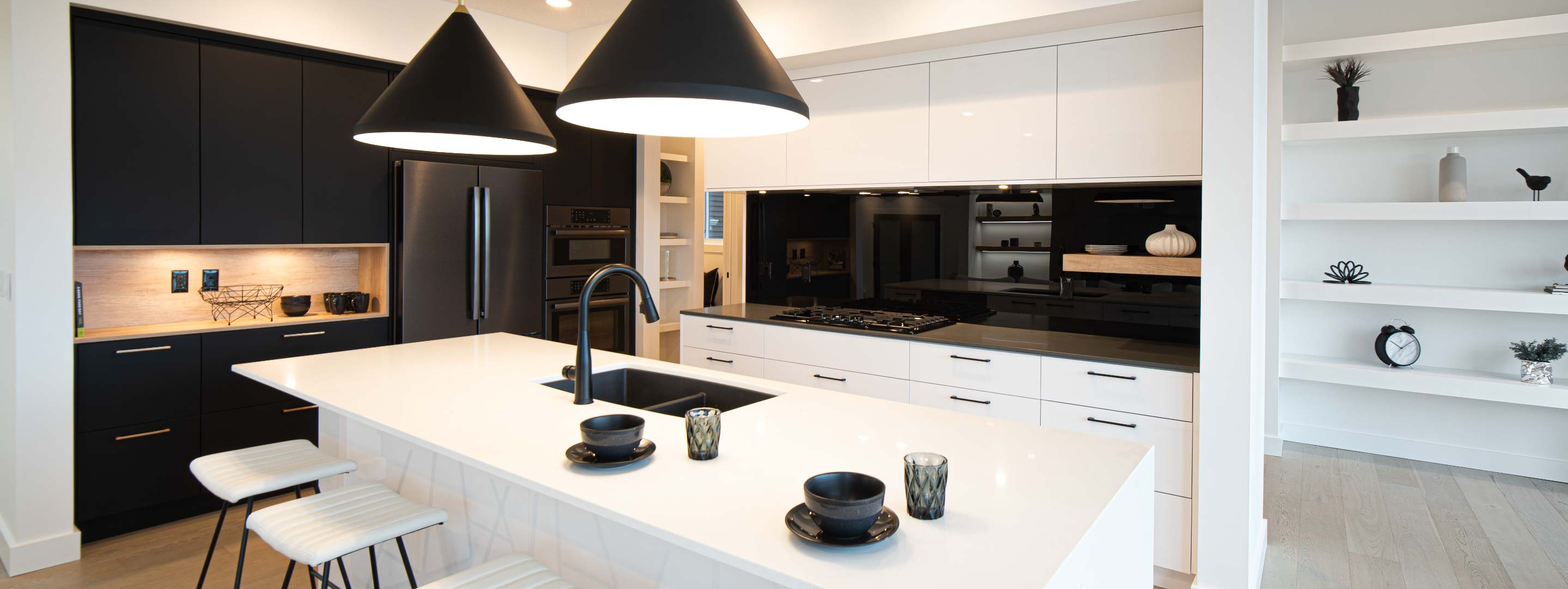 Kanvi-homes-new-home-builder-in-edmonton-luxury-modern-homesR2