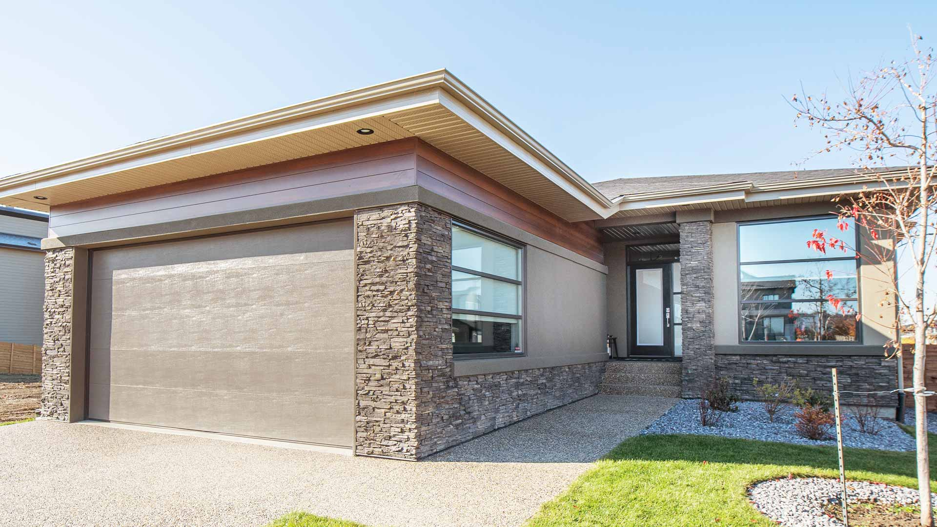 new-bungalows-in-Edmonton-5